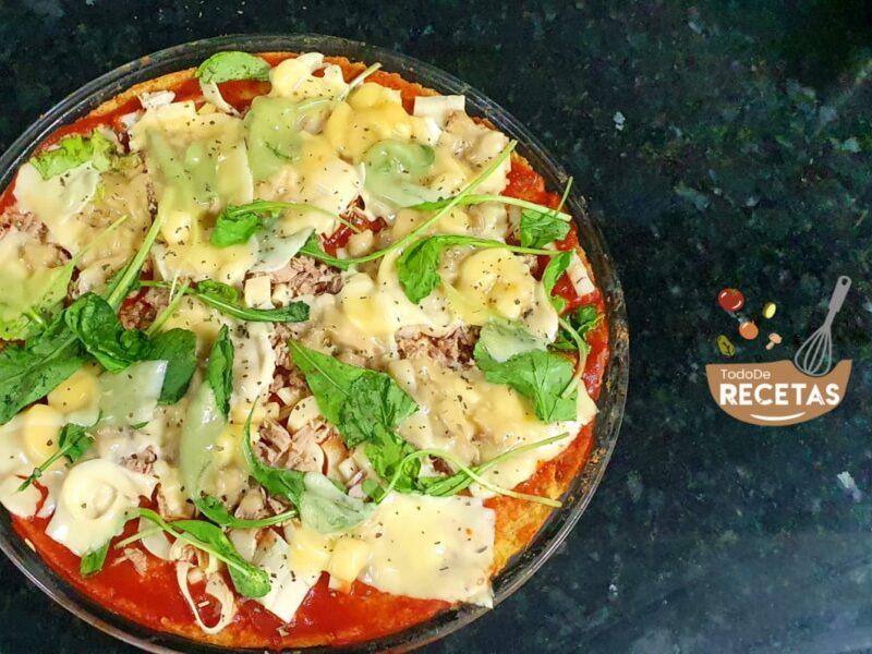 Pizza de atún y palmito sin harina